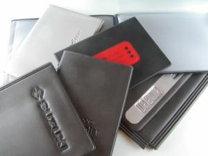 Porta libretto e documenti da auto in PVC inciso ad alta frequenza e serigrafato