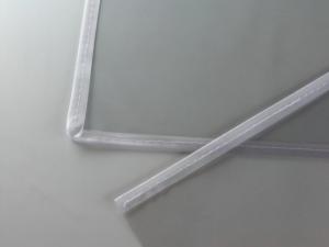 Bordatura e cucitura buste portaposter in PVC