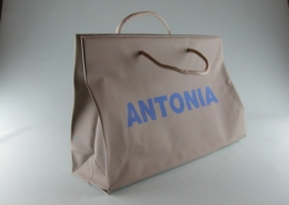 Bags and shoppers for shops and boutiques in PVC and PU