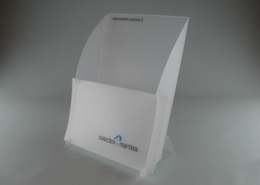 Leaflet and folding holder in die-cut PPL, customizable