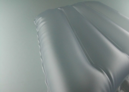 Inflatable item in hf welded PVC or PU