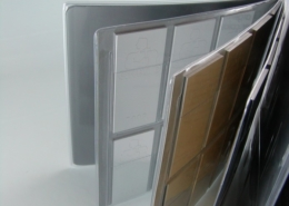 Samples holder with pockets in high frequency welded PVC